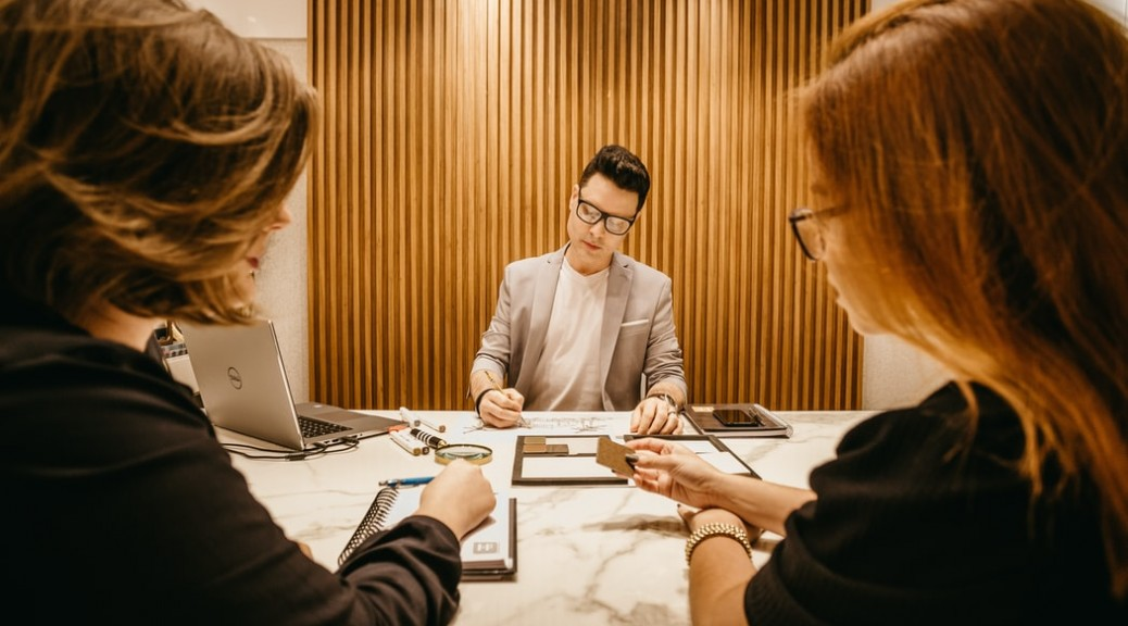 4 questions to ask in a job interview